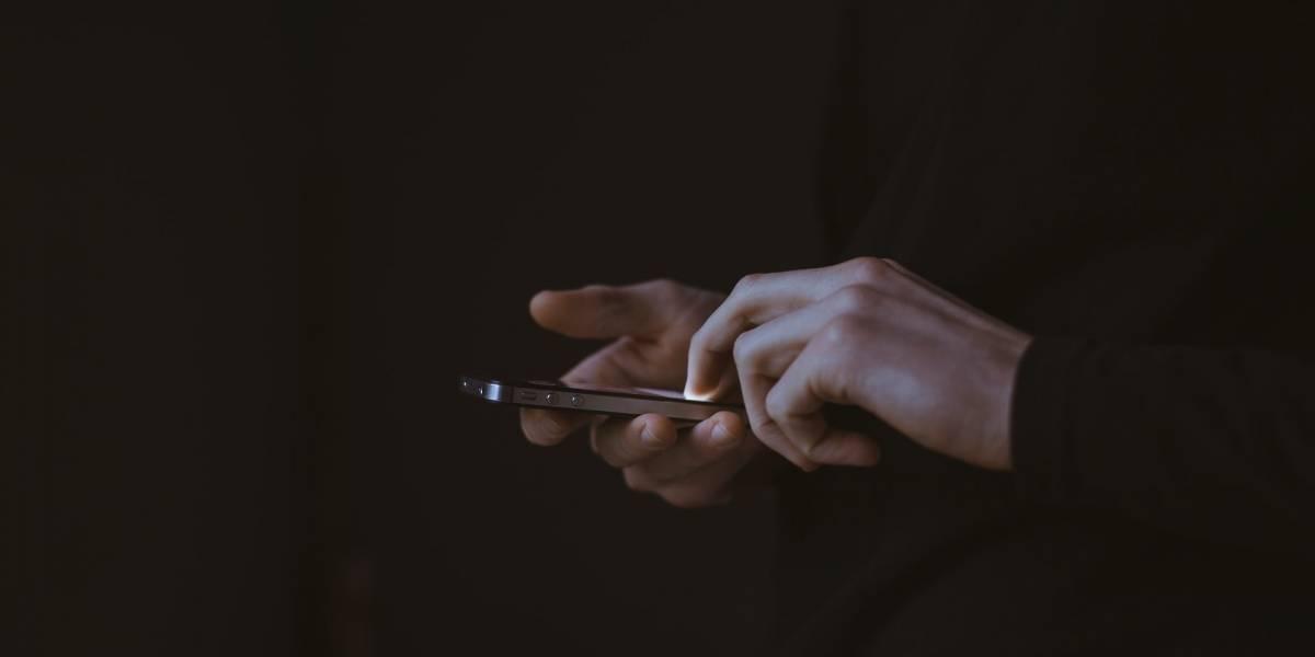Estos son los errores más frecuentes que no debes cometer al limpiar tu teléfono
