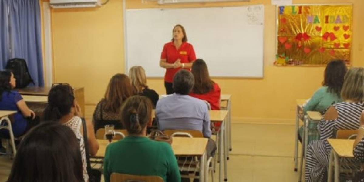 Peñalolén da clases de consenso: municipio, profesores y apoderados acuerdan y piden al Mineduc reabrir 15 colegios