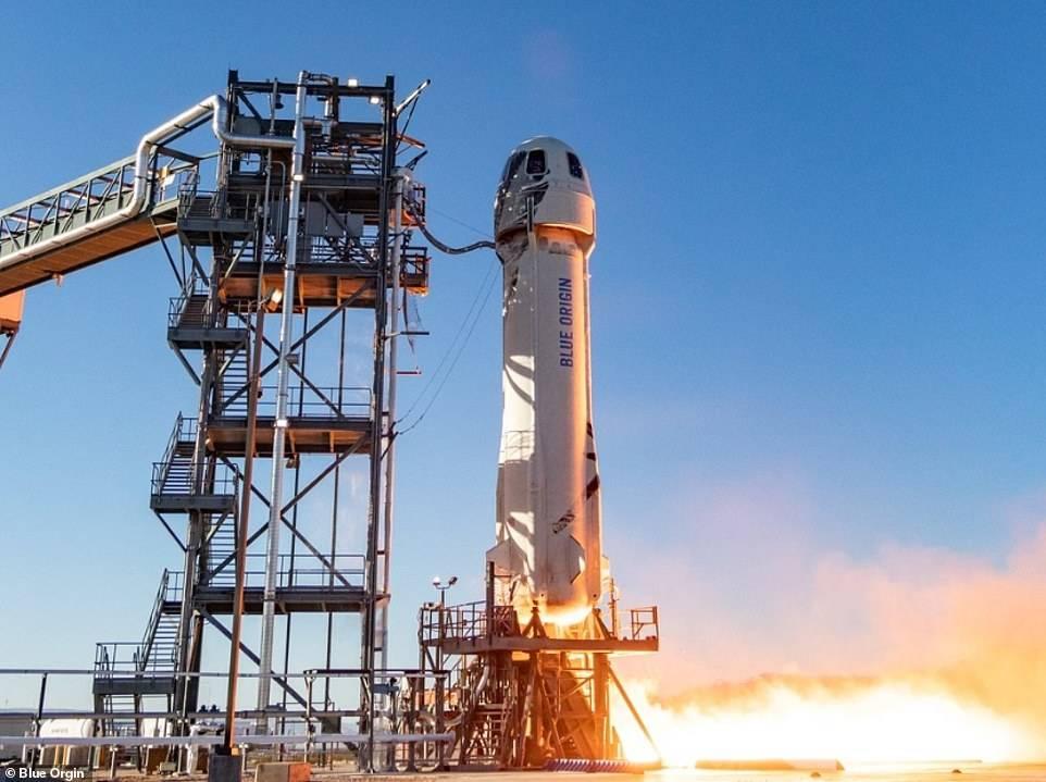 Así fue el lanzamiento de prueba de la cápsula New Shepard, de Blue Origin.