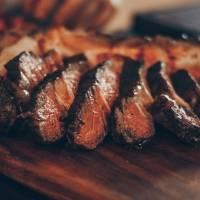 Dica para caramelizar a carne e conquistar um sabor surpreendente