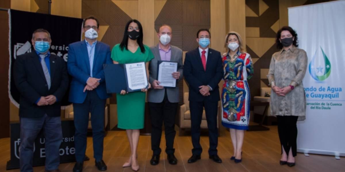 Fondo de Agua de Guayaquil y Universidad Ecotec firmaron convenio de cooperación técnica