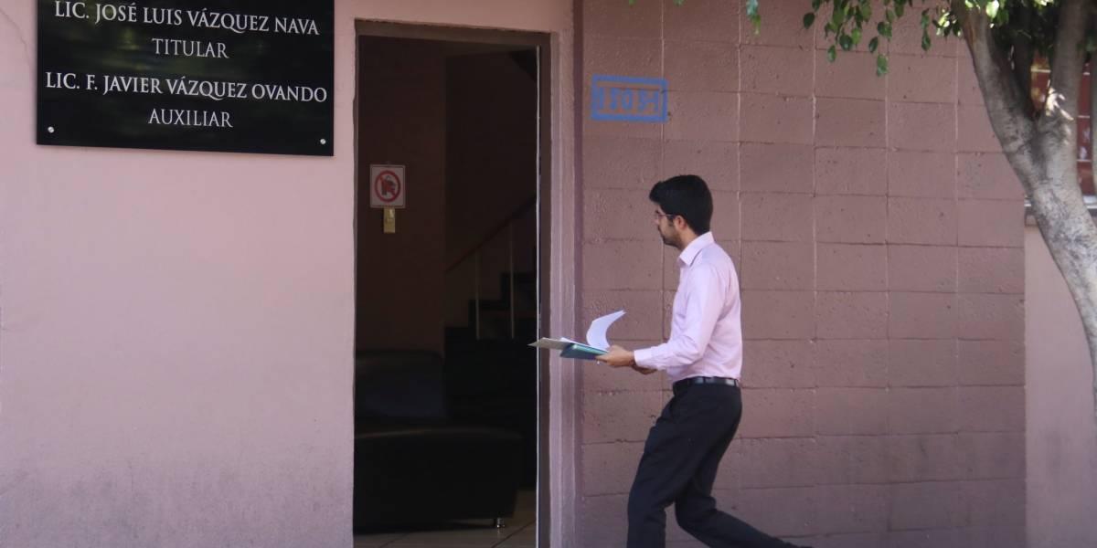 Continúa cacería de notarios en Puebla