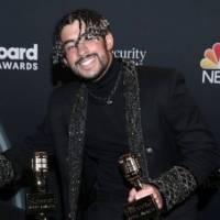 Bad Bunny se lleva dos galardones en los Premios Billboard 2020