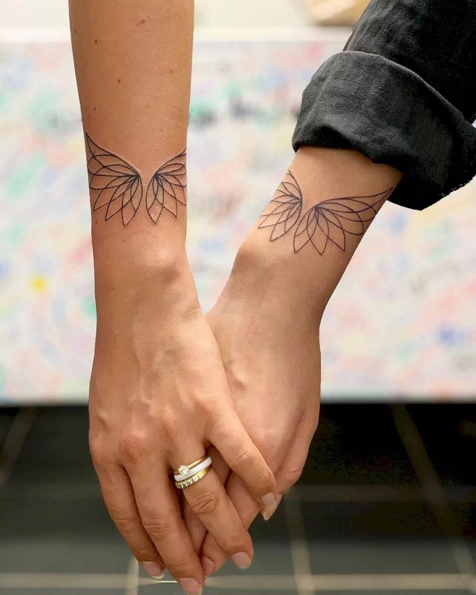 Con un tatuaje también se puede representar lo alto que puedes llegar con tu pareja