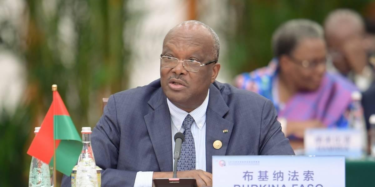 Burkina Faso.- Kaboré defiende la actuación de las fuerzas de seguridad y los voluntarios en la lucha antiterrorista