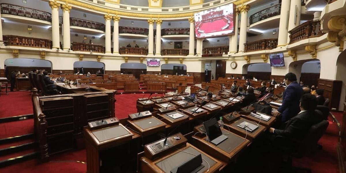 Perú.- La autoridad electoral prohíbe la reelección inmediata de los legisladores de cara a las elecciones de 2021