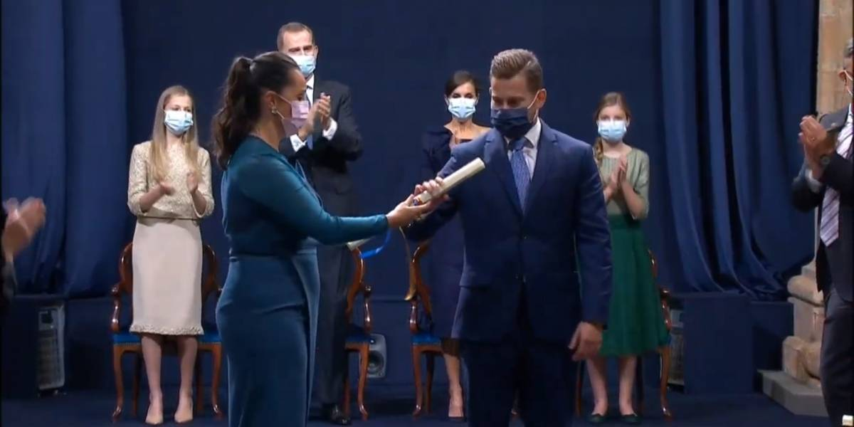 """Premio Princesa de Asturias a sanitarios: """"Hubo desaliento, lágrimas y miedo, pero siempre volvimos a levantarnos"""""""