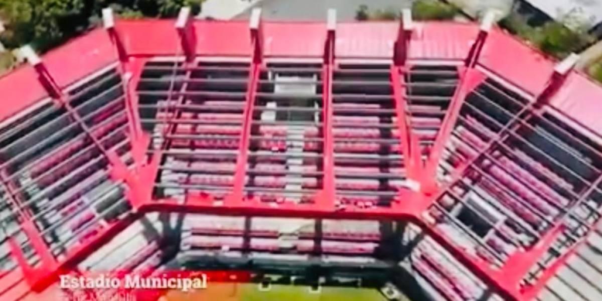 Responsabilizan a Charlie Delgado por abandono de estadio de pelota en Isabela