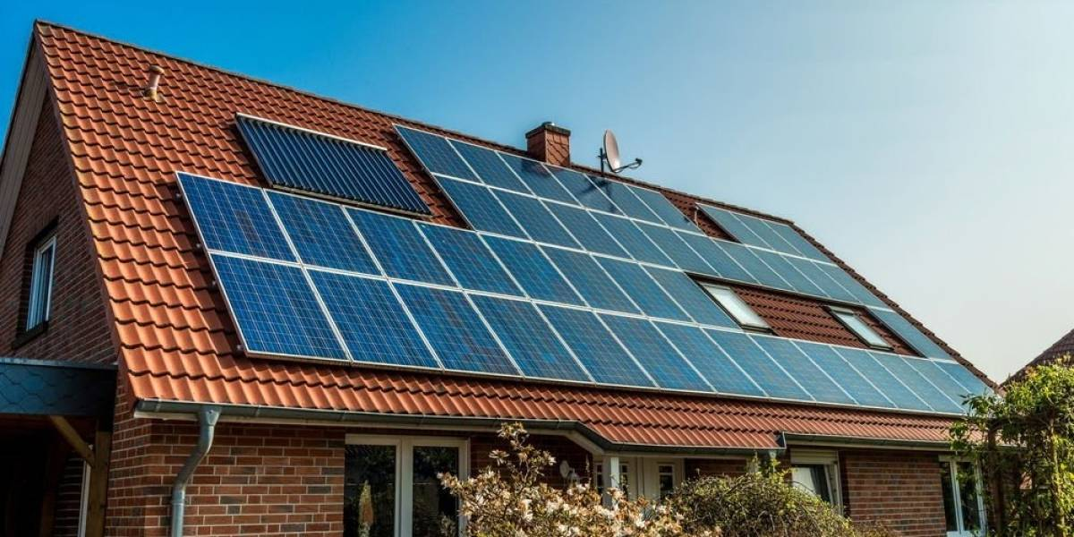 Energía solar en casa: Gobierno lanzó un programa para masificarla y así puedes postular