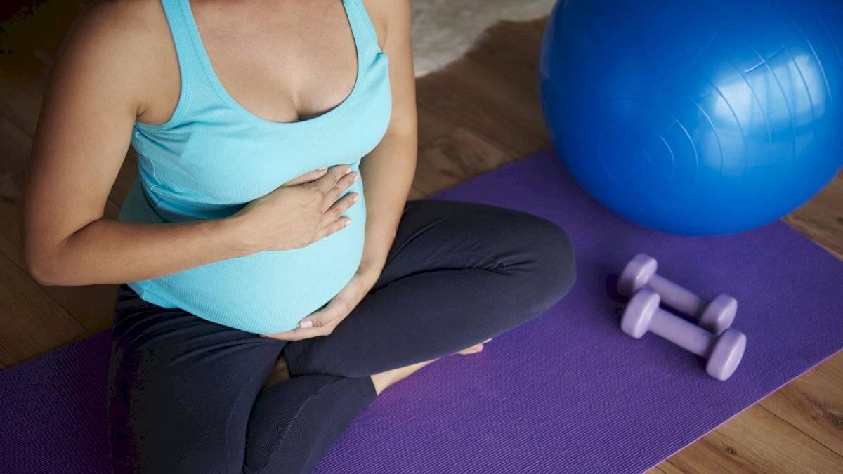 Un poco de actividad física también puede reducir la hinchazón en los pies.