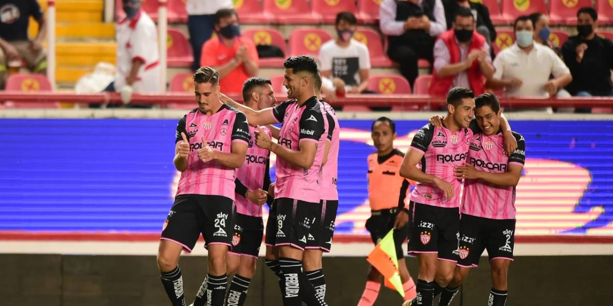 VIDEO: Necaxa celebra el primer gol con aficionados en los estadios