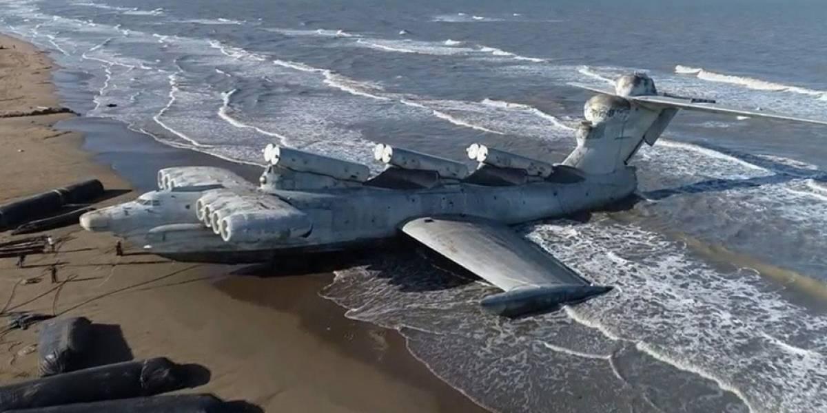 El barco-avión ruso que fascina a los investigadores: el Ekranoplano soviético de la Guera Fría apareció en el Mar Caspio