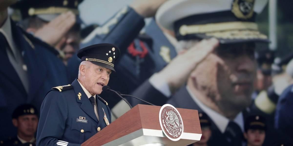 AMP3.- México.- El exministro de Defensa de México Salvador Cienfuegos detenido en EEUU por presunto narcotráfico