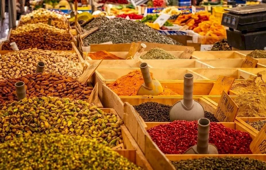 Todas las especias provienen de plantas y vegetales, la mayoría de la India.