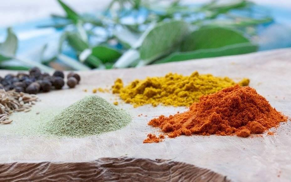La mejor forma de usar las especias al cocinar es conociendo sus propiedades y sabor.