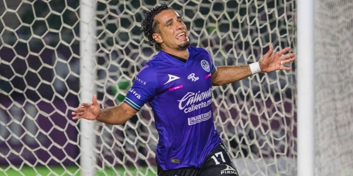 Mazatlán FC se lleva el triunfo frente a Bravos en histórica velada