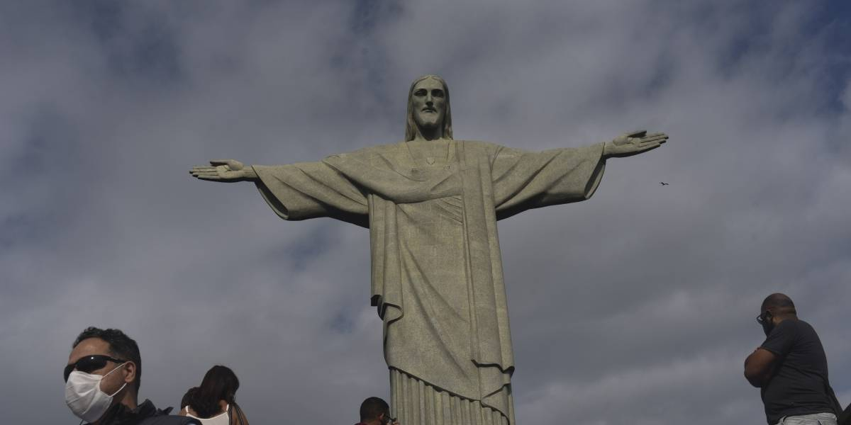 Coronavirus.- Brasil suma 461 fallecimientos y 24.062 nuevos casos de coronavirus