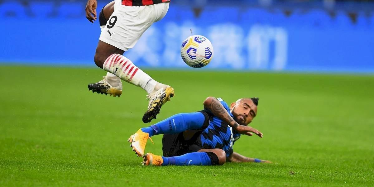 """Vidal no se salva de las críticas y le echan la culpa a la """"Roja"""": """"Más que un guerrero, parece un gatito"""""""