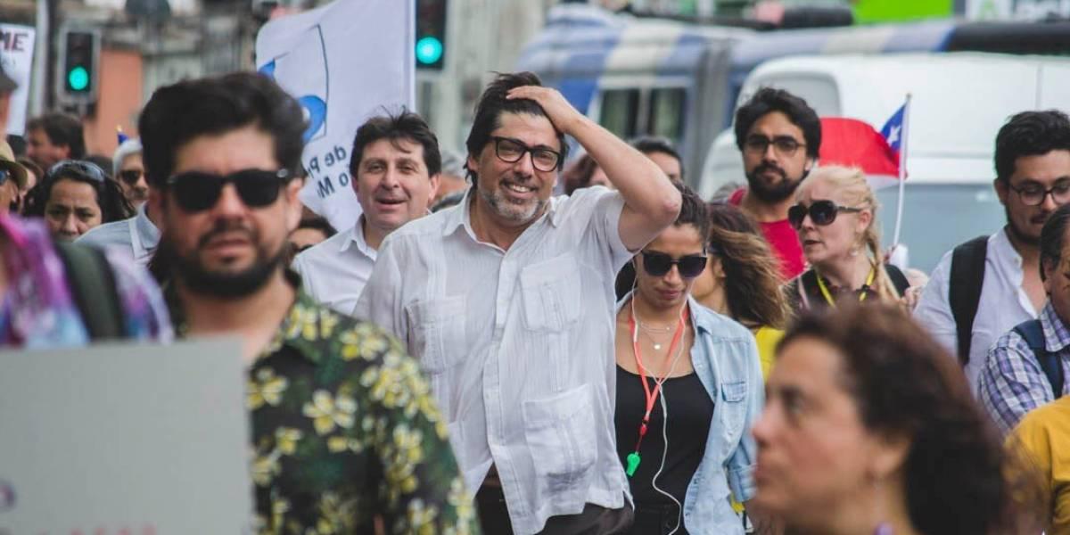"""""""¡Nada ni nadie nos amedrenta!"""": Daniel Jadue volvió a Plaza Italia después de un intento de agresión unas horas antes"""