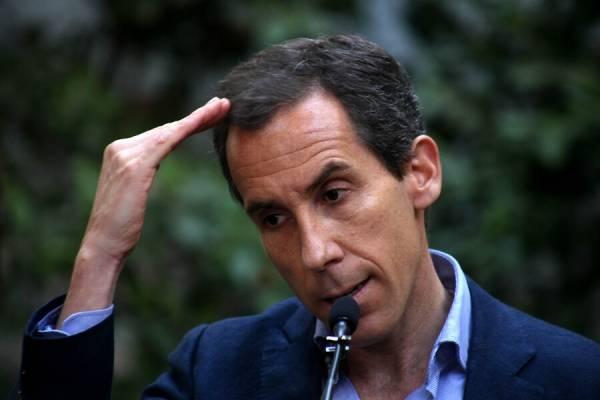 """Alcalde Alessandri critica al Gobierno tras incidentes: """"Les faltó acción, los vi contemplativos mirando las cámaras de seguridad"""""""