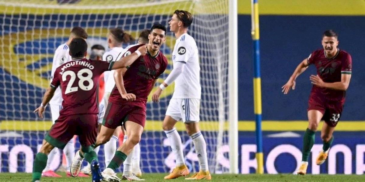 El gol de Raúl Jiménez contra el Leeds United
