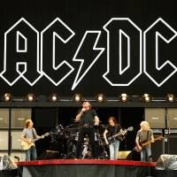 La publicación de AC/DC en Ecuador que emocionó a todos por el