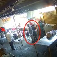 Sujeto extorsiona a empleados de negocio en Nuevo León, uno de ellos le dispara por la espalda