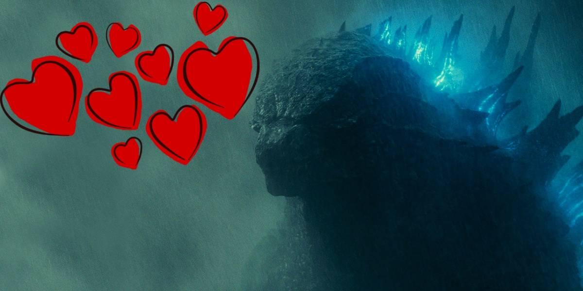 Japón: una joven tiene una cita con Godzilla y cumple su sueño de toda la vida