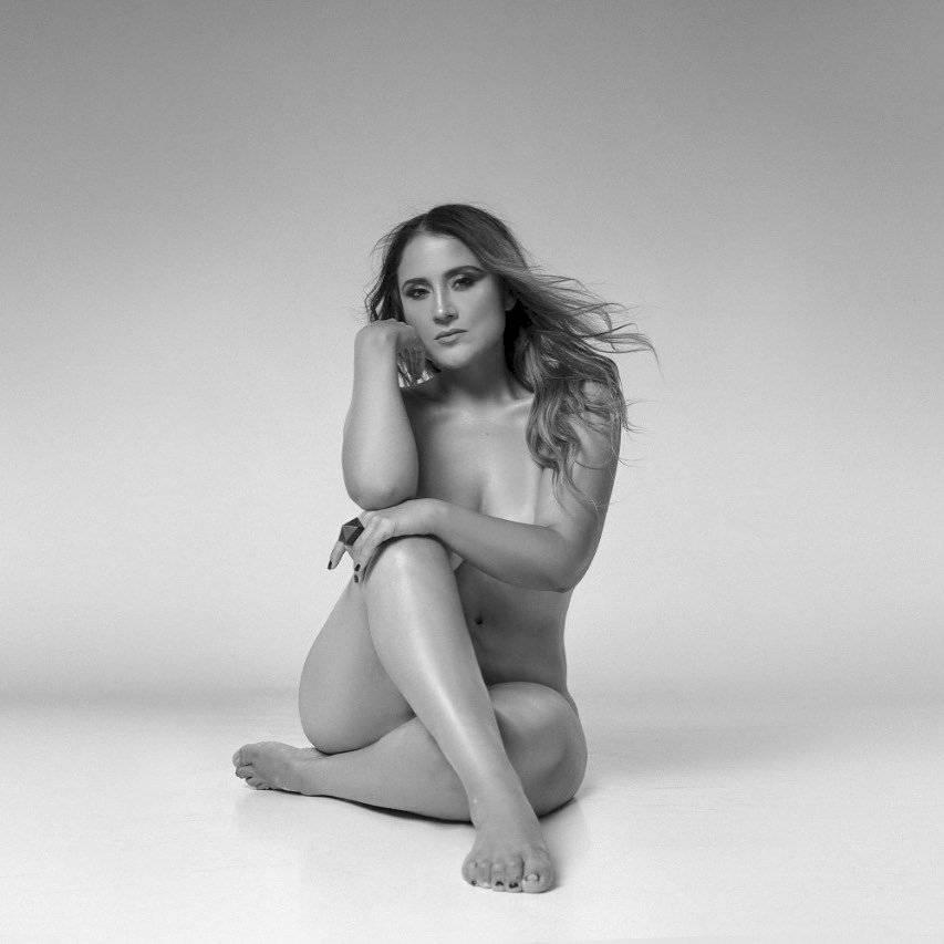 Pamela Leiva al desnudo