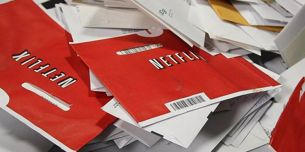 Netflix reporta grandes ganancias rentando películas y series en discos