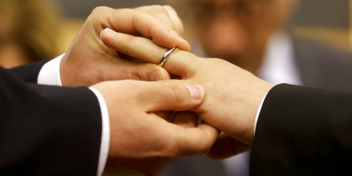 Investigan brote de COVID-19 tras celebración de boda en Vega Alta