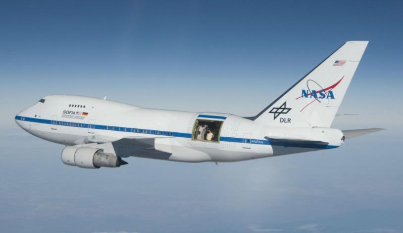 El avión de SOFIA, el programa de la NASA.
