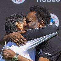 El especial saludo de Maradona por los 80 años de Pelé