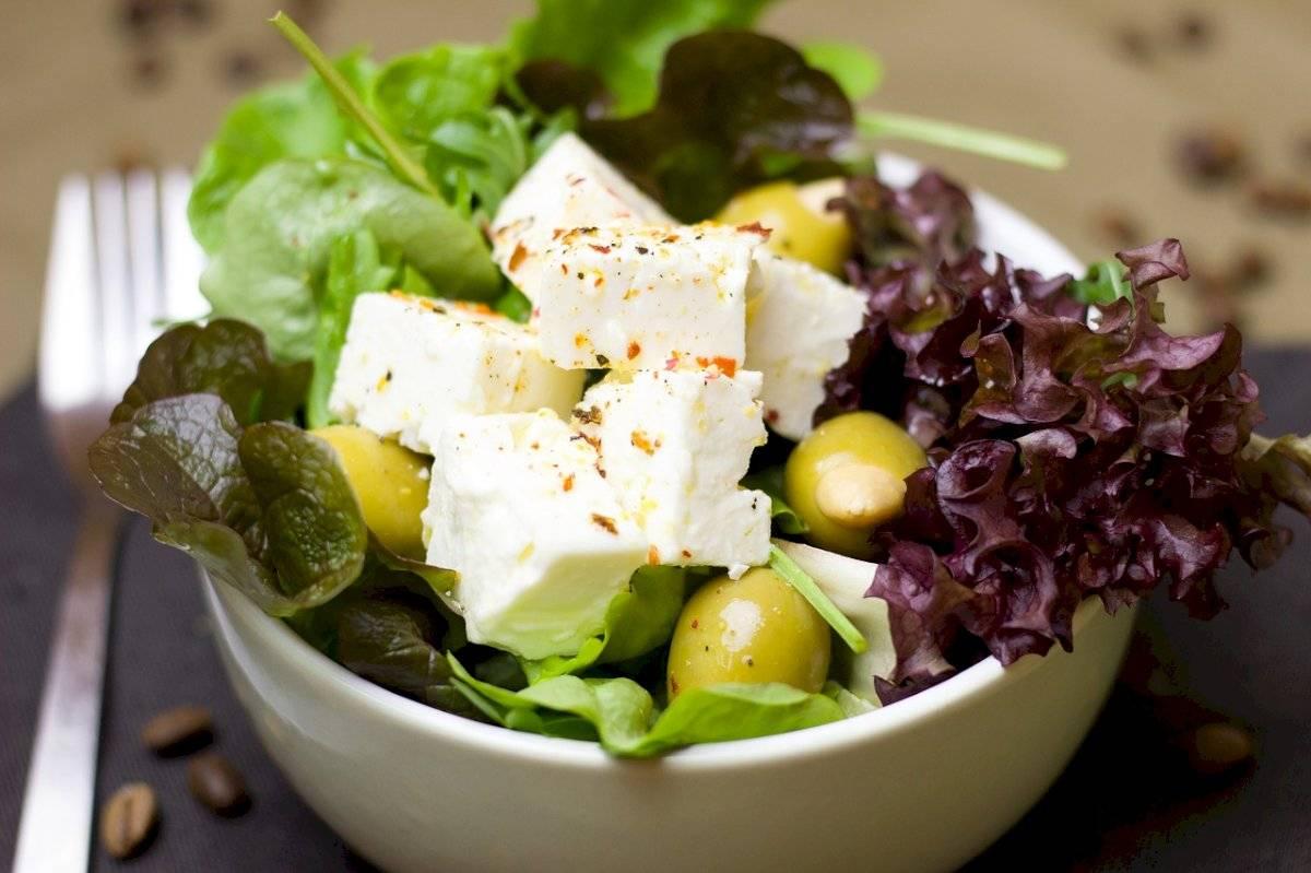 Existe una infinidad de recetas con lechuga que no implica comerla solamente en las ensaladas.