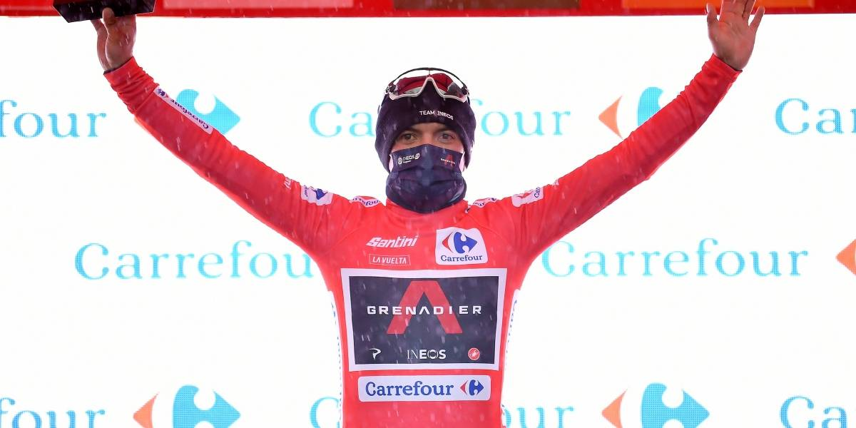 La llegada de Richard Carapaz para ser nuevo líder de la Vuelta a España y recibir Maillot rojo
