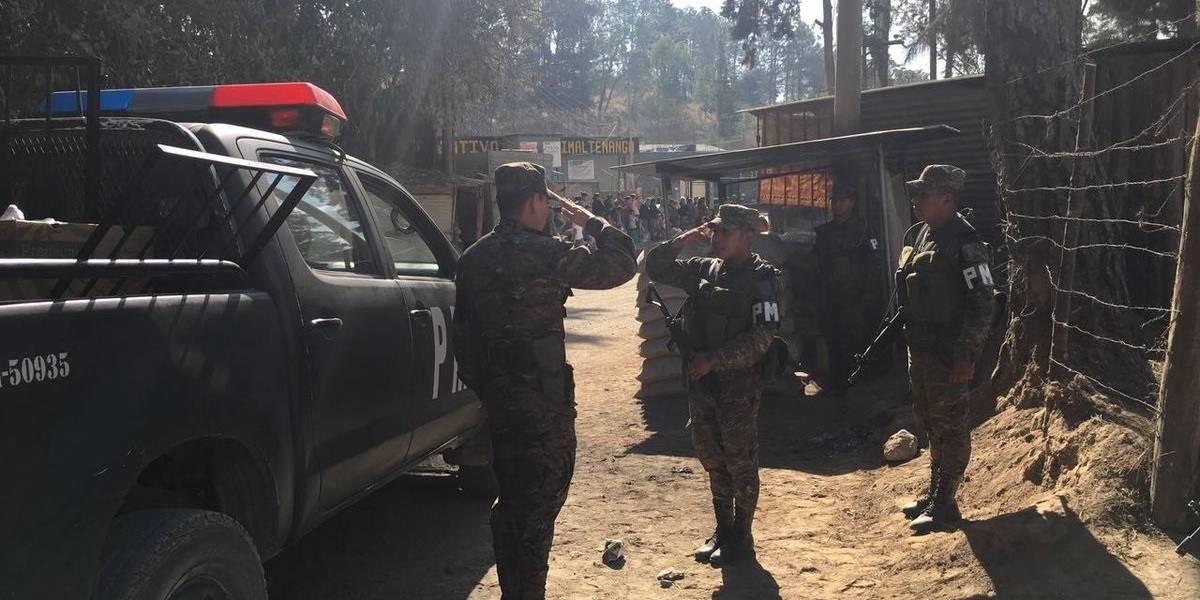 Guatemala.- Antiguos efectivos del Ejército bloquean carreteras para exigir la aprobación de la Ley de Dignificación