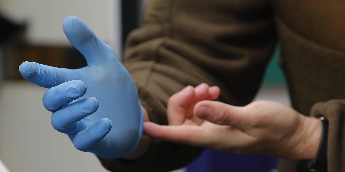 Ya no respetan nada: roban 6 millones de guantes para hospitales