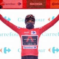 Vuelta a España: por esta razón el mejor ciclista del mundo es gregario de Richard Carapaz