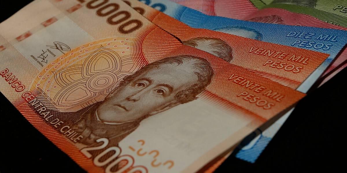 Diputado UDI pide que el segundo retiro del 10% de la AFP sea financiado por el Estado