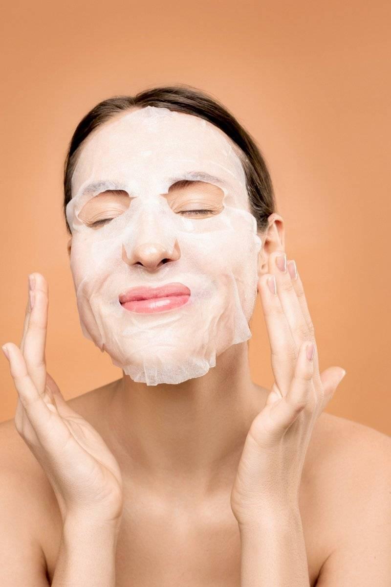 aplica una mascarilla facial que te darán un cuidado a tu rostro