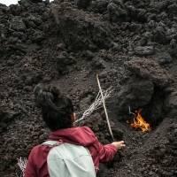 Pobladores de Guatemala anhelan el retorno del turismo al volcán activo Pacaya