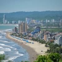 Restricciones, horarios, aforo y cierre de playas de Ecuador durante el feriado