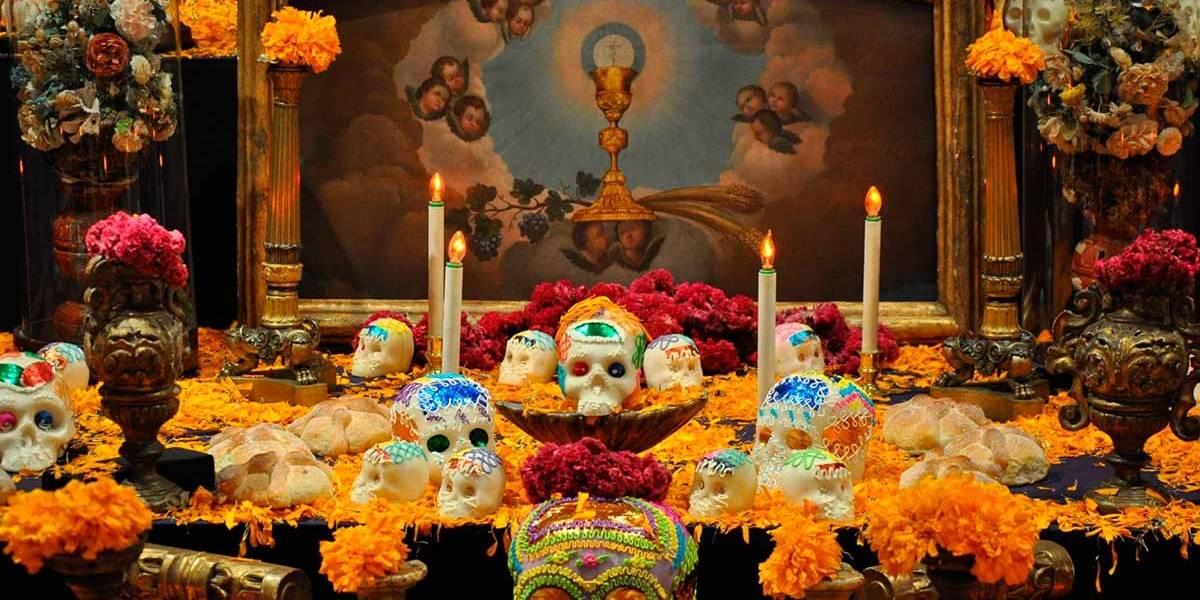 Dónde apreciar las espectaculares ofrendas disponibles en el Día de Muertos