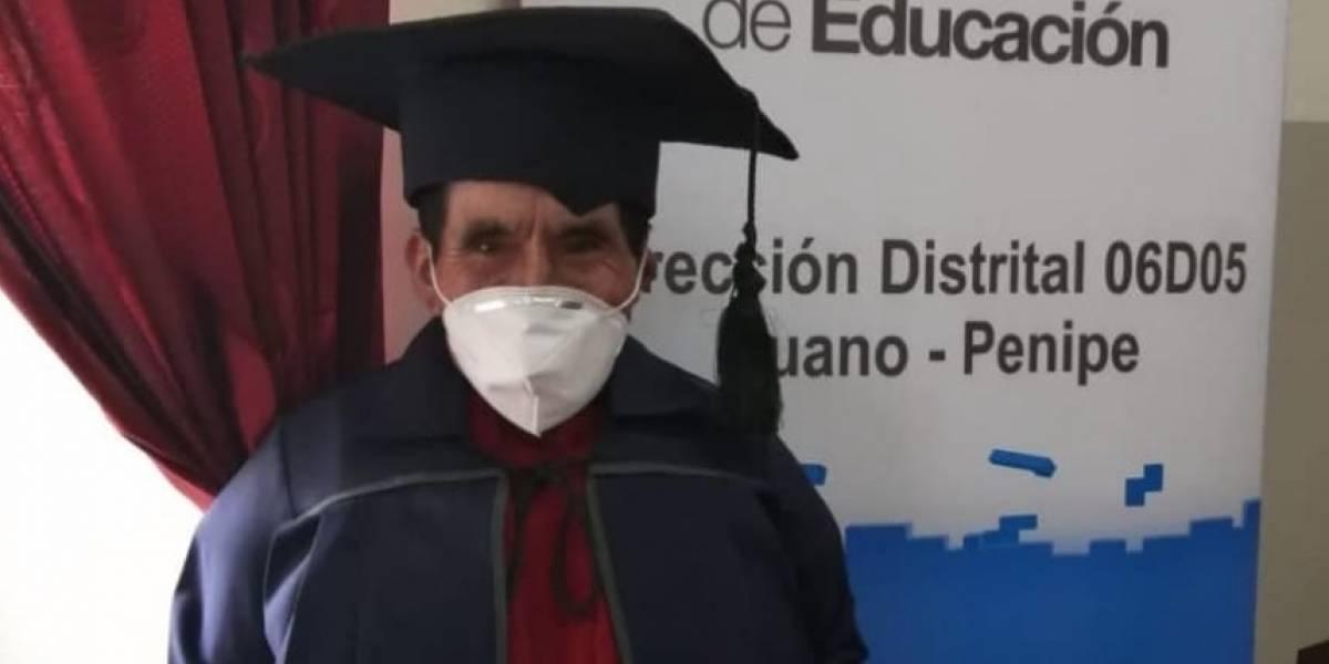 Baltazar Ushca, el último hielero del Chimborazo culminó la primaria a sus 76 años