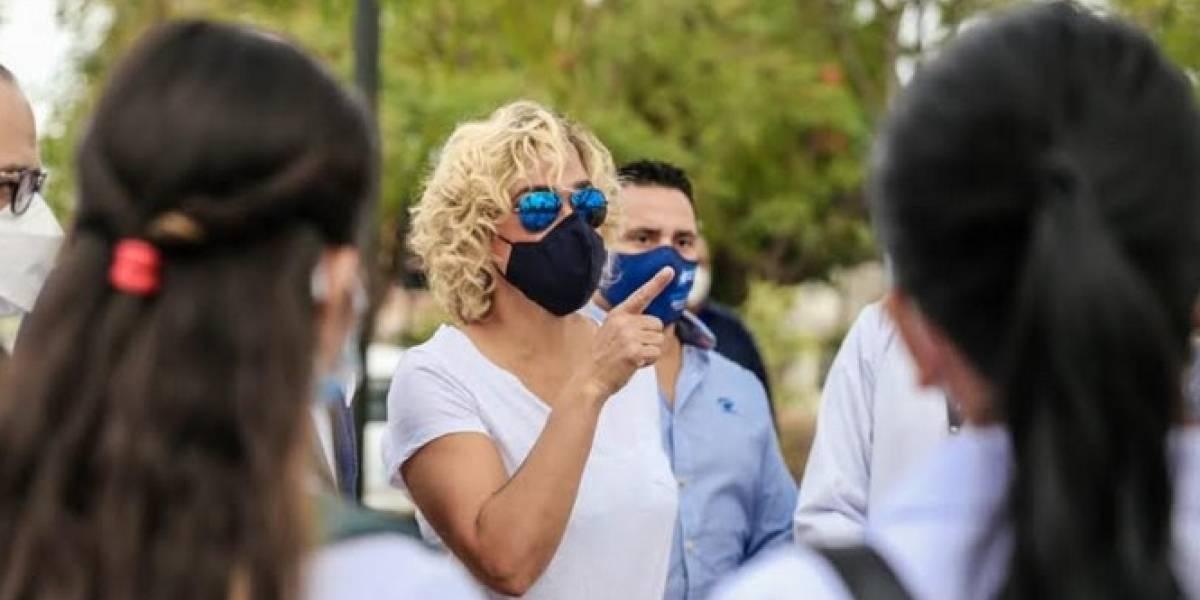 Alcaldesa de Guayaquil dispone intervenir la Bahía para verificar normas de bioseguridad