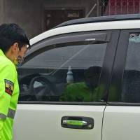 Juez de San Lorenzo resultó ileso de siete disparos a su vehículo