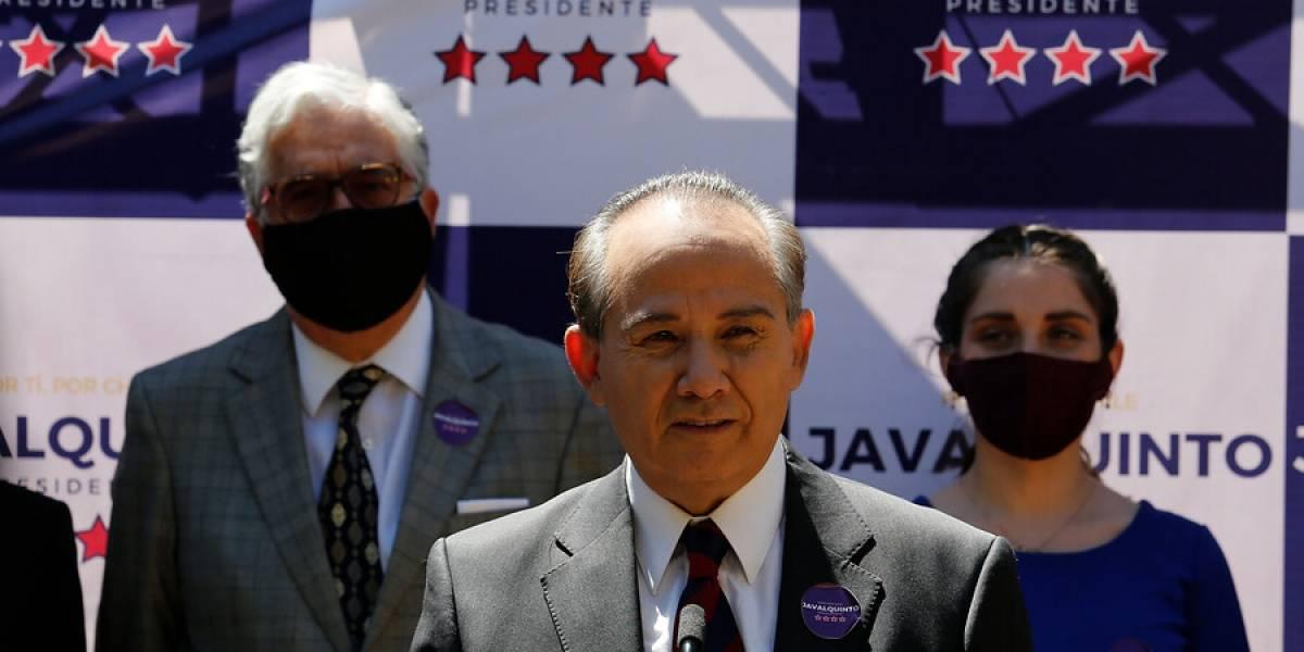 """El """"candidato desconocido"""" que entró a la carrera presidencial: economista, independiente y crítico de los políticos"""