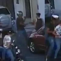 Motoladrones arrebatan el celular a joven en Guadalajara
