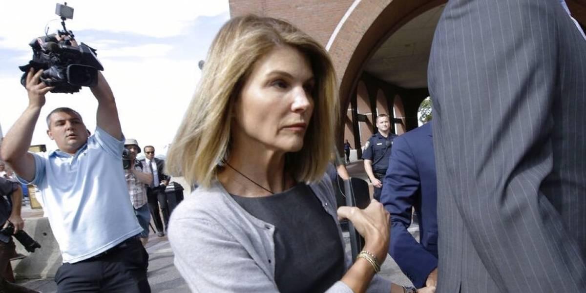 Lori Loughlin se reporta en prisión para cumplir sentencia
