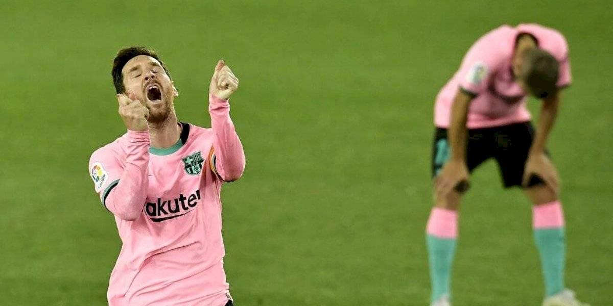Barcelona rescata empate frente al Alavés y se aleja de la cima